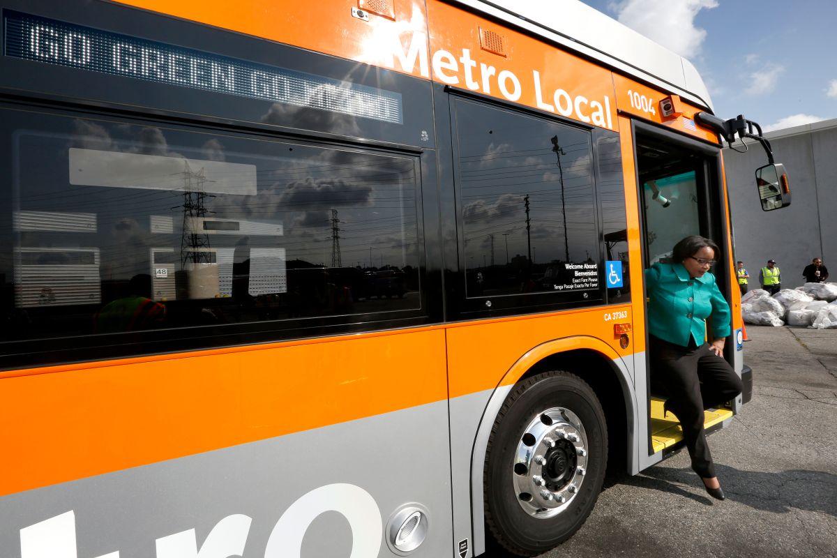 Autobús express viajará de North Hollywood a Pasadena