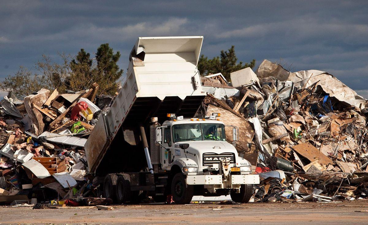 El contrabando de reciclaje es un delito en California.