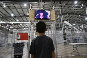 """""""El pequeño Capitán América"""", un símbolo de esperanza para los solicitantes de asilo"""