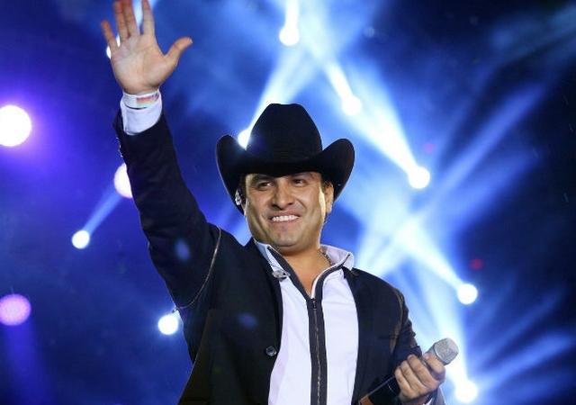 Más de mil policías cuidaron concierto de Julion Álvarez en México