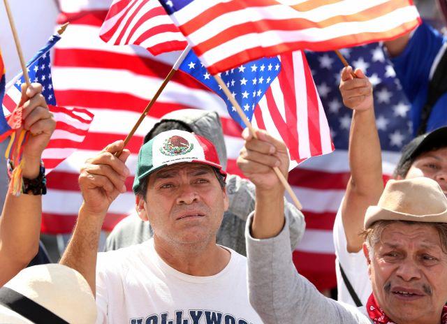LAPD realiza foro para informar sobre cambios en inmigración