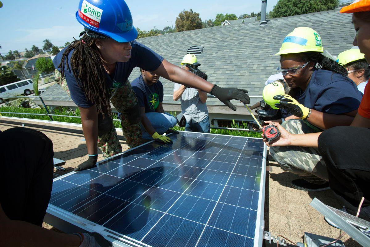 Proyectos de energía renovable generaron más de 25,500 empleos en California