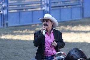 El Chapo de Sinaloa y Roberto Tapia hacen vibrar a Pico Rivera