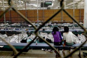 Madres y niños encarcelados en centros de detención deben ser liberados