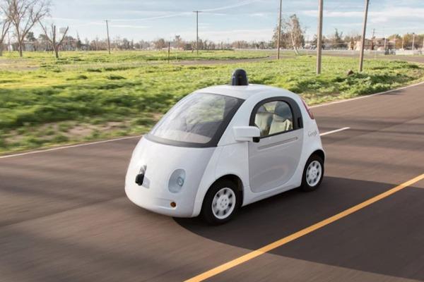 Los autos sin conductor de Google ahora también son choferes
