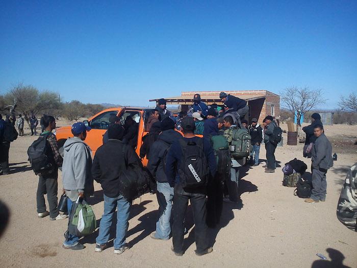 Migrantes rescatadas en el desierto de El Sásabe, Sonora.