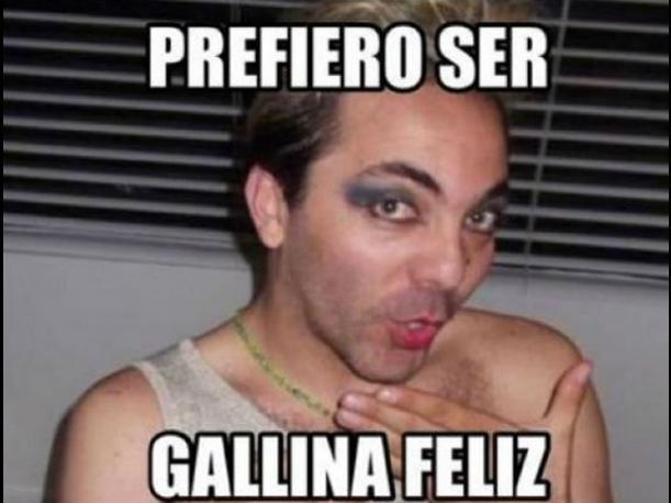 Cristian Castro genera divertidos memes tras vestirse de mujer
