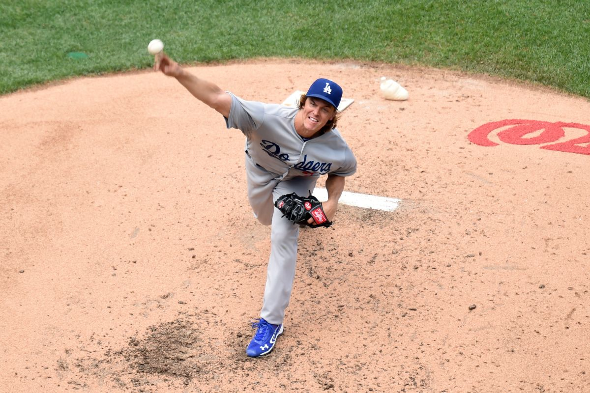 Zack Greinke brilla en Dodger Stadium