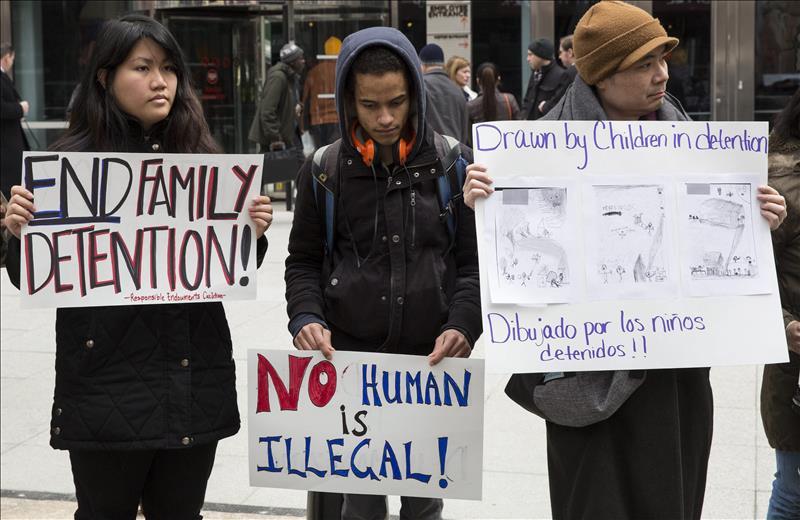 Centros privados de detención de inmigrantes pierden terreno