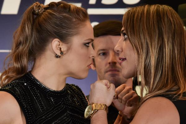 Mayweather: Ronda Rousey es hombre