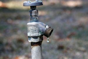 Casi 2 millones de personas en el norte de California están bajo una emergencia por escasez de agua