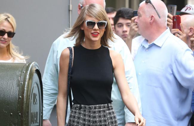 Taylor Swift quiere un castillo para estar cerca de su novio