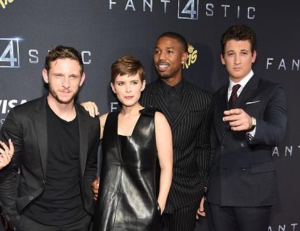 """Los protagonistas Jamie Bell, Kate Mara, Michael B. Jordan y Miles Teller en la premier de """"Fantastic Four"""" en la ciudad de Nueva York."""