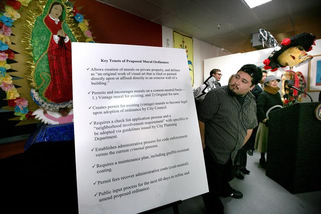 Da paso adelante ordenanza que protegería murales de LA