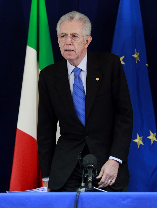 Monti afronta deudas y  huelgas