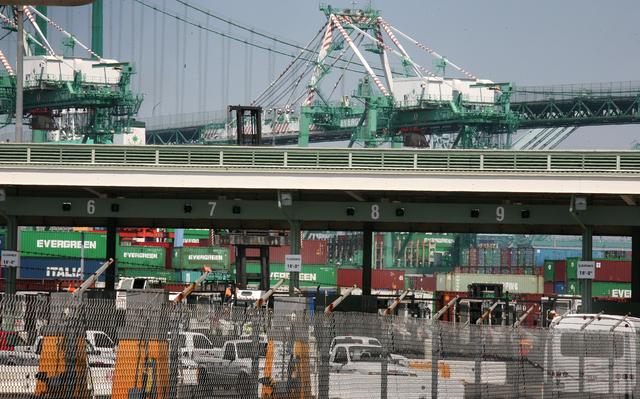 Insisten en cerrar puertos del oeste