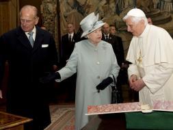 Duque de Edimburgo fue dado de alta