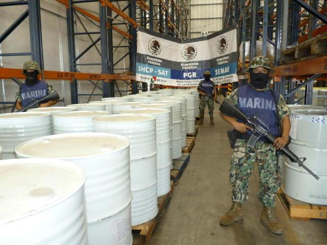 La sustancia es resguardada por  la Marina mexicana en la aduana del puerto de Manzanillo.