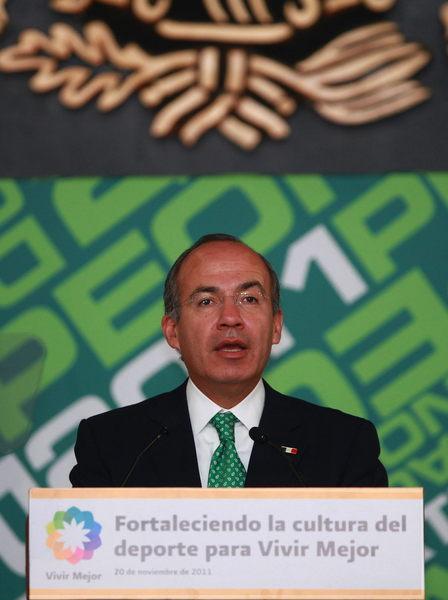 México está mejor que Centroamérica: Calderón