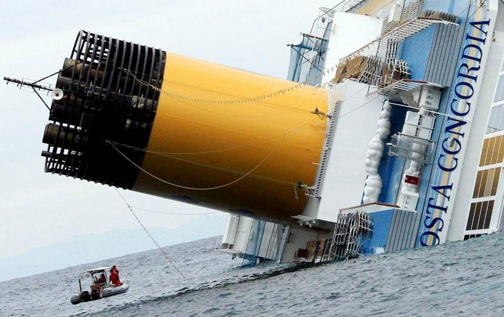 El crucero Costa Concordia