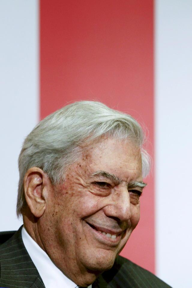 El 'Cervantes' a Vargas Llosa