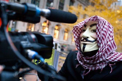 Los datos filtrados por Anonymous muestran las diversas direcciones donde reside Robert Muller, así como las de su esposa e hijas, junto a las direcciones de correo electrónico de la familia y los números de teléfono.