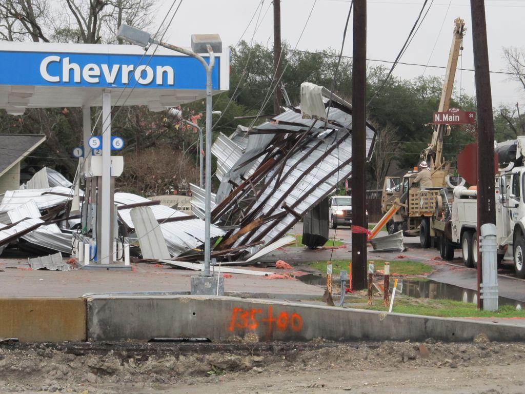 Tormentas dejan daños severos en Houston