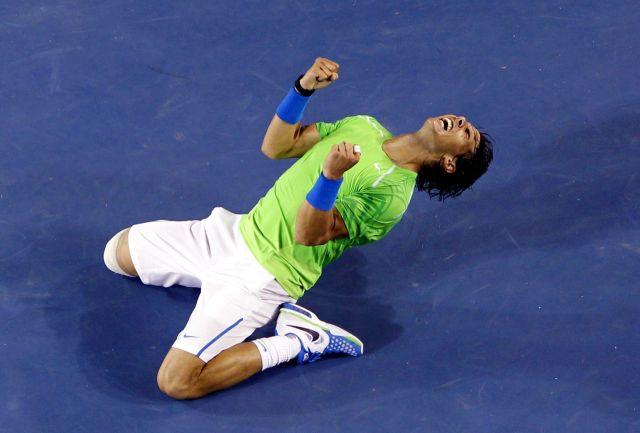 Nadal derrota a Federer y disputará la final en Australia