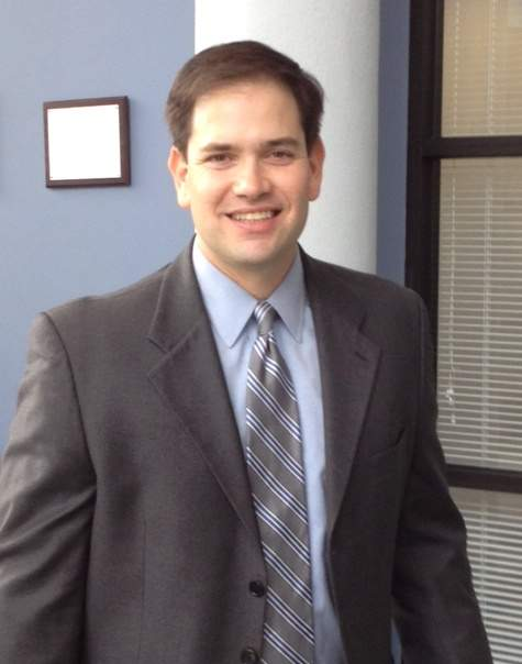 Senador Rubio defiende a inmigrantes con pasión