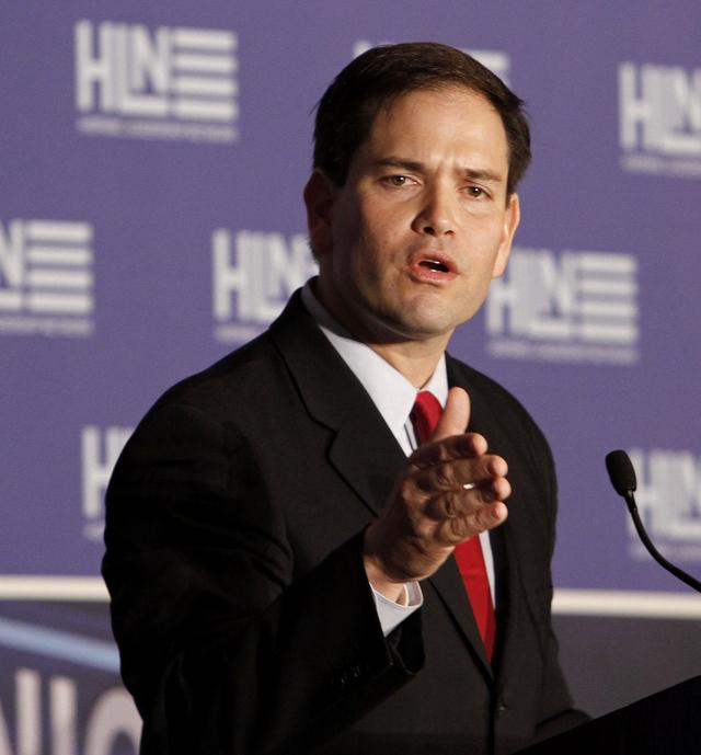 Senador Rubio desafía a   precandidatos republicanos
