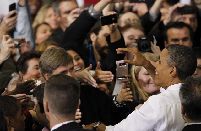 Campaña de Obama lleva esfuerzos a estados batalla