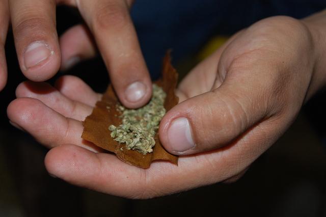 Requisas ilegales resultan en más arrestos por marihuana