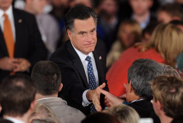 Cae entusiasmo de votantes por Romney
