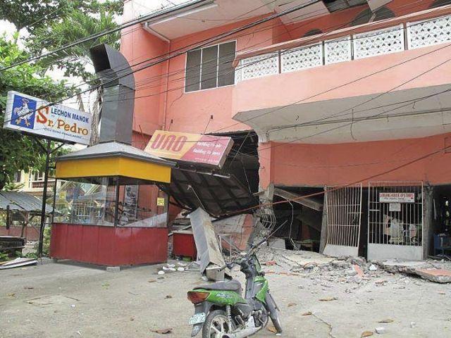 Suman 43 los muertos por terremoto en Filipinas