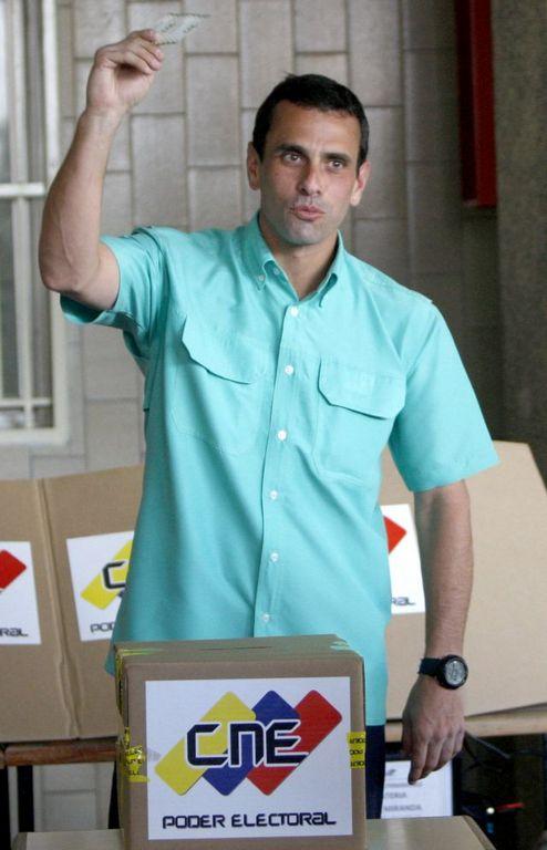 Henrique Capriles gana las elecciones en Venezuela