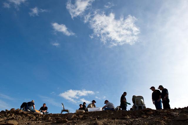 Paran búsqueda de restos en fosa común