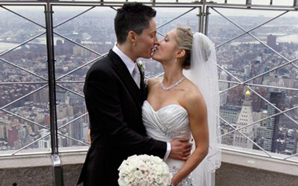 De Alaska las primeras en casarse en el Empire State