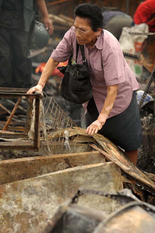 22 intoxicados en incendio en    Perú