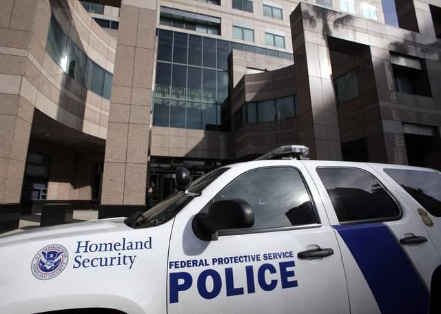 Agentes del ICE se lían a tiros en disputa laboral