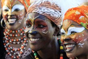 Danzantes toman las calles de Barranquilla