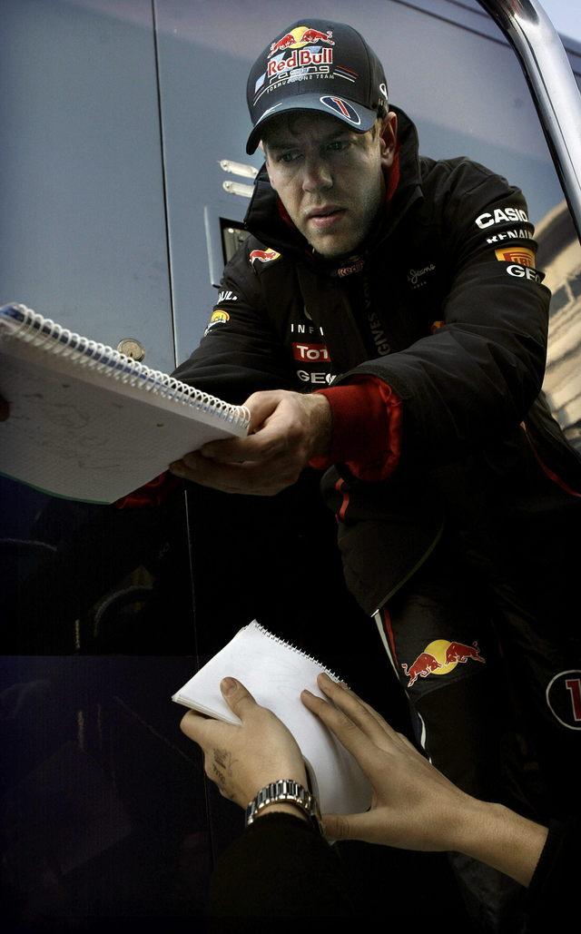 Vettel  de nuevo en las nubes