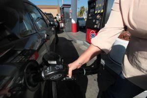 Vuelve a subir el precio de la gasolina