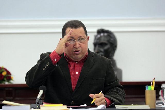 Chávez a seguidores:  'no crean  rumores'