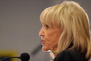 Gobernadora de Arizona apoya a Romney