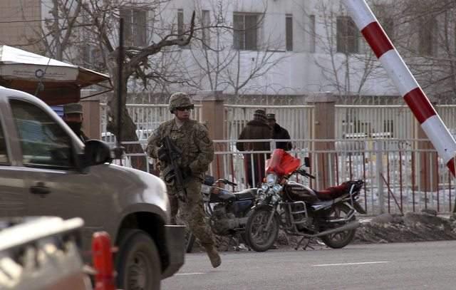 Piden a Afganistán proteger a OTAN