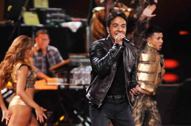 """Video: La canción """"Isla Bendita"""" de """"Unidos Por Puerto Rico"""" ha sido un éxito"""