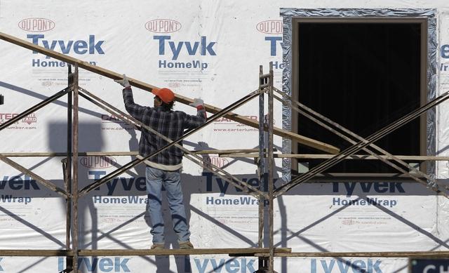 La construcción es uno de los renglones que los economistas señalan que verá mejoría.