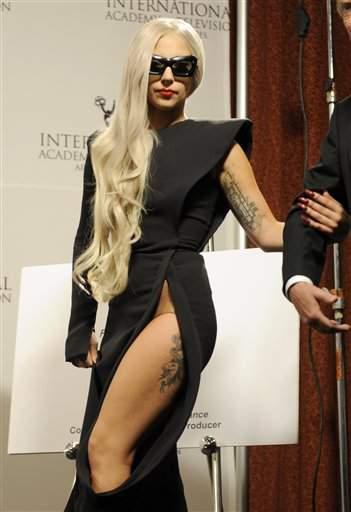 Lady Gaga sacude Harvard