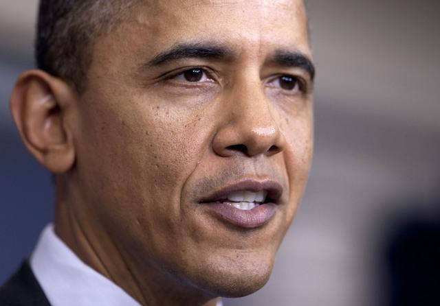 Obama limita detenciones de supuestos terroristas