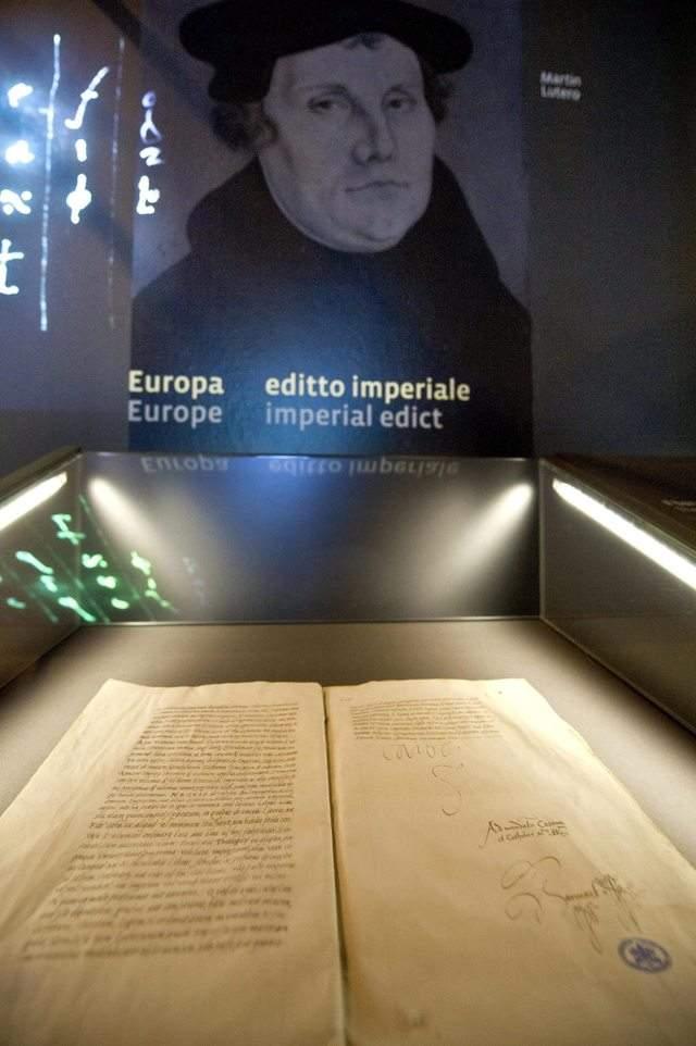 Archivo Secreto del Vaticano sale a la luz